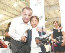 Continúa programa Ahijado DIF en el sur del municipio de Ensenada