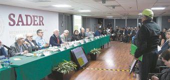 Encabeza Víctor Villalobos primera sesión del CMDRS