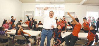 Alcalde entregó comedores  escolares en el valle de Mexicali