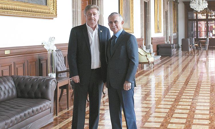 Kiko Vega se reunió con Alfonso Romo jefe de oficina de Presidencia