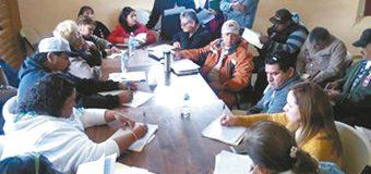Analizan problemas de  comunidades indígenas