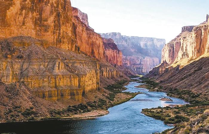 Firma Trump plan de sequía del Río Colorado