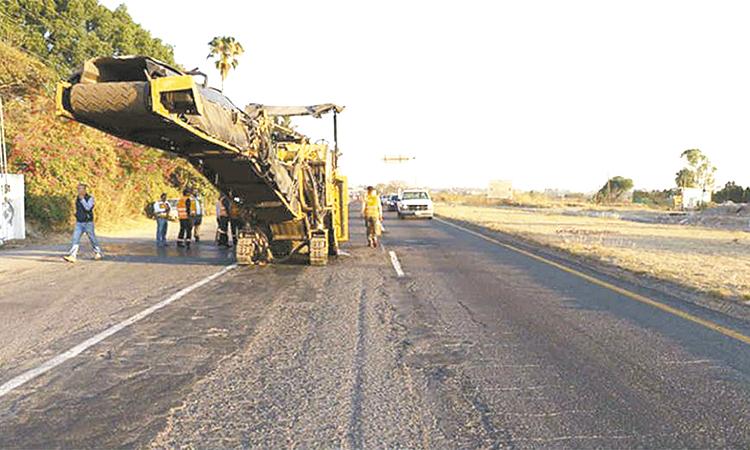 Manejar con precaución en carreteras con obra: SCT