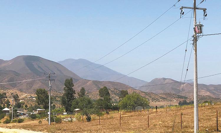 """Obra municipal de electrificación en """"EL Testerazo"""""""