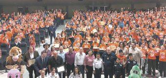 2 mil 841 alumnas y alumnos  se gradúan del programa DARE