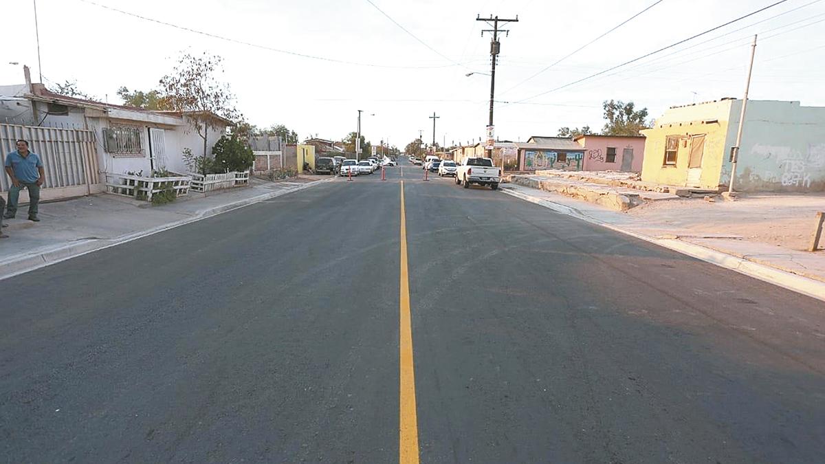 Alcalde entregó obra de pavimentación en Pueblo Nuevo