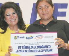DIF Mexicali entregó más de 2 mil 500 apoyos económicos