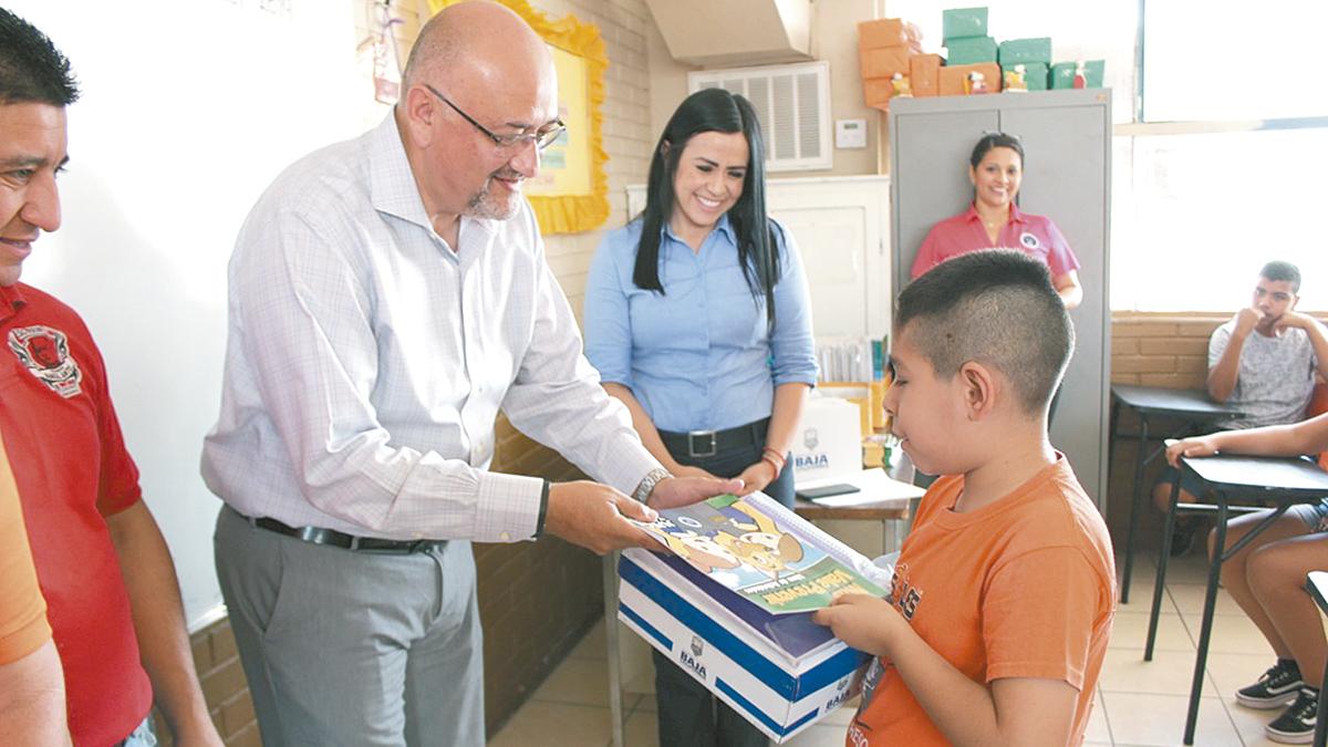 SSPE apoya a niños de escuela de basquetbol Soles Progreso