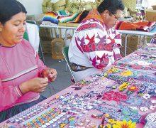 Mexicanos no  apoyan a sus artesanos