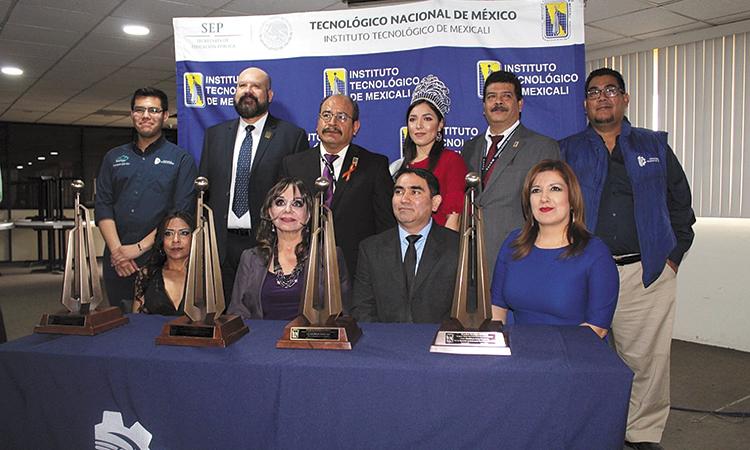 """Presea """"Instituto Tecnológico de Mexicali"""" a destacados ciudadanos"""