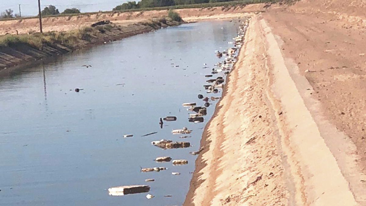 Irresponsable acción ciudadana  afecta canales de riego