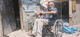 Entrega DIF BC 100 sillas de  ruedas a personas vulnerables