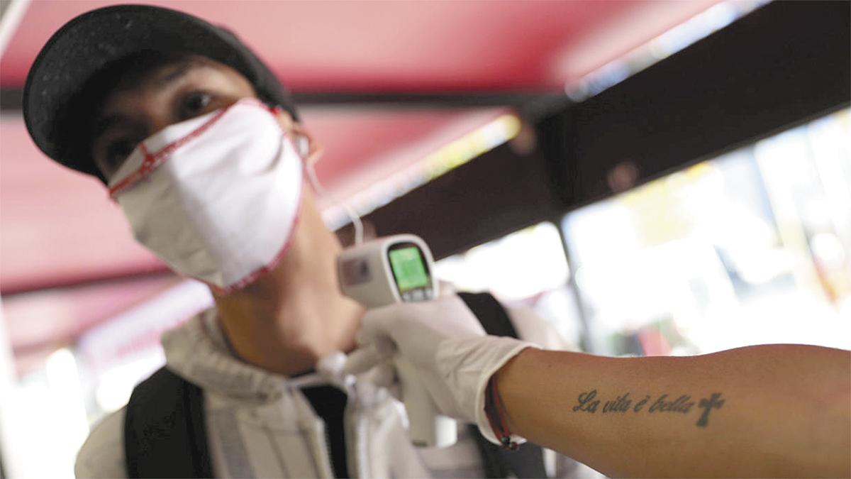 Se inspeccionan centros laborales para proteger la salud de la población; COEPRIS