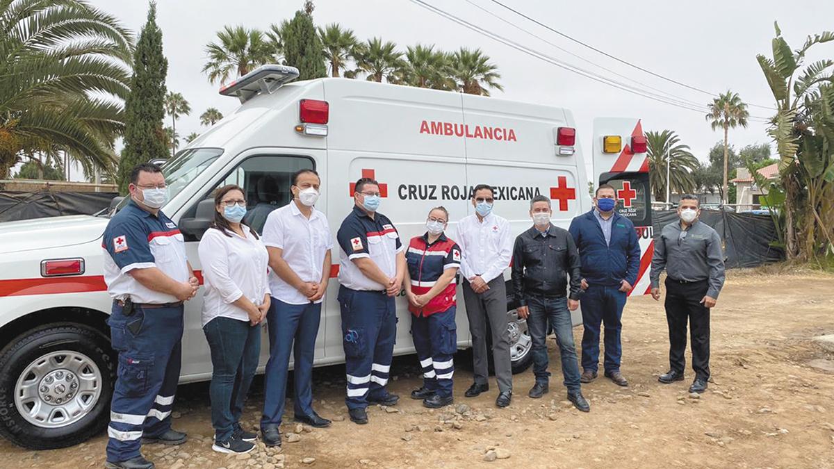 Driscoll's donó ambulancia  a Cruz Roja en San Quintín