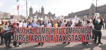 Selectivos o falacia los créditos de AMLO a taxistas y meseros